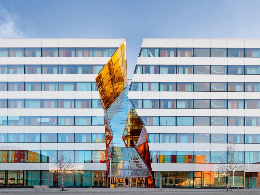 Ericsson Stockholm And Sydney Living Shade