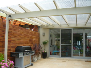 Retractable shade, moving shade
